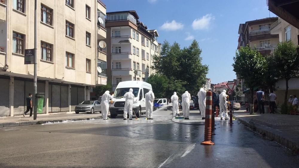 Altınordu Belediyesi selin izlerini siliyor