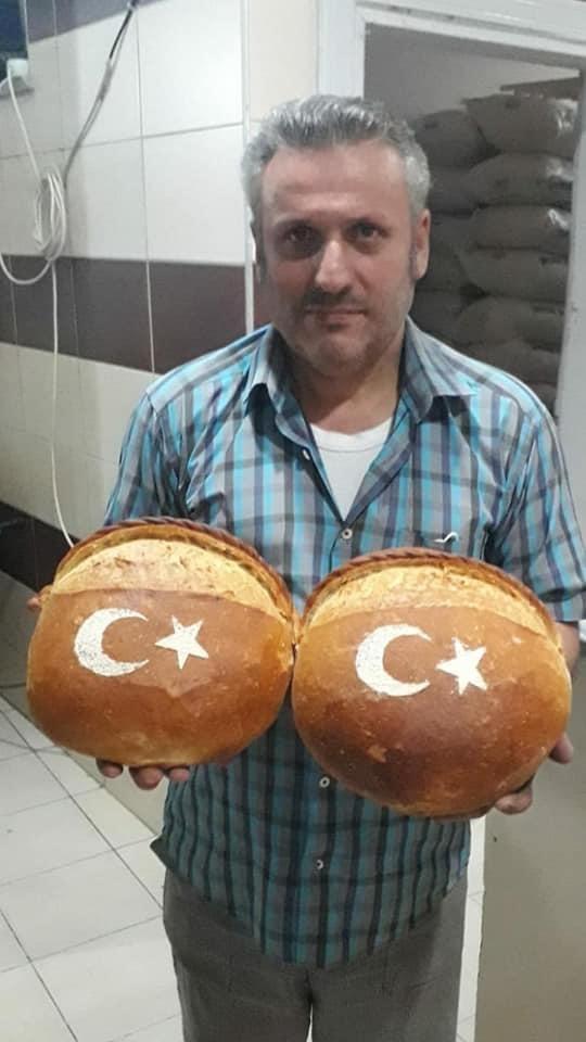 Ay-yıldızlı ekmek