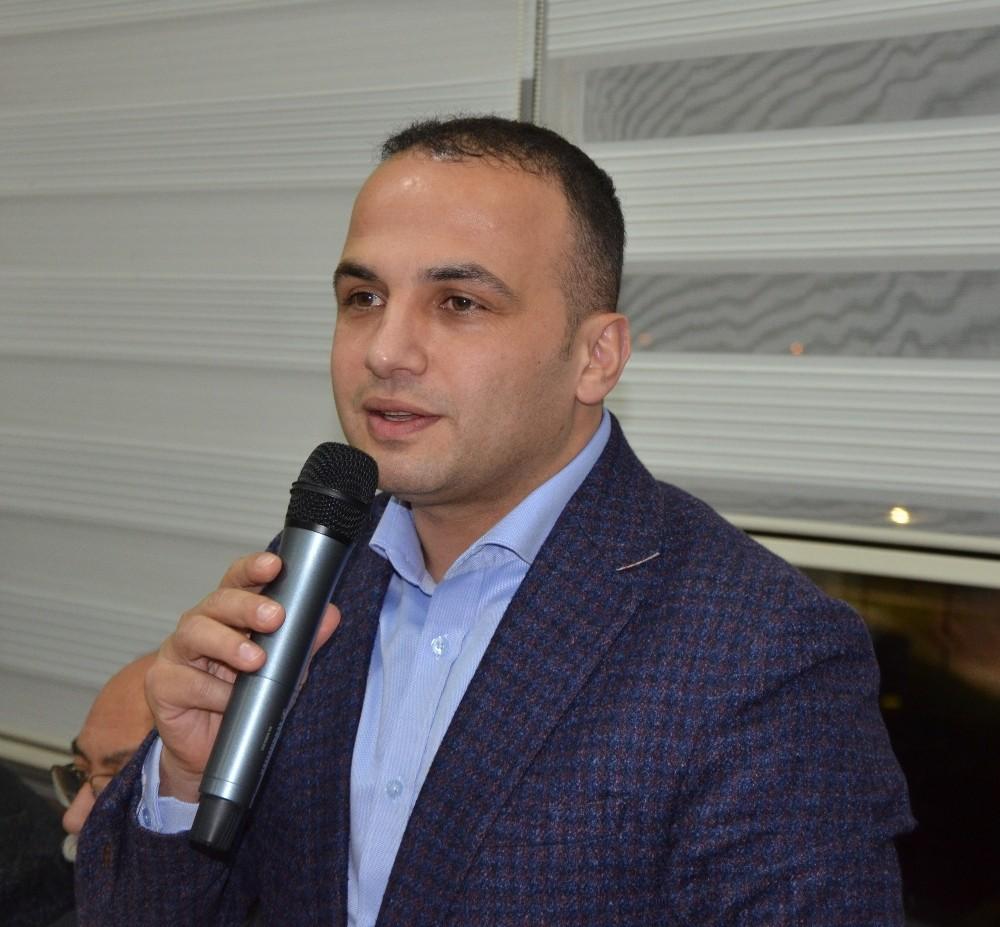 Etem Kibar, Karadeniz Bölgesi'nin en başarılı belediye başkanı