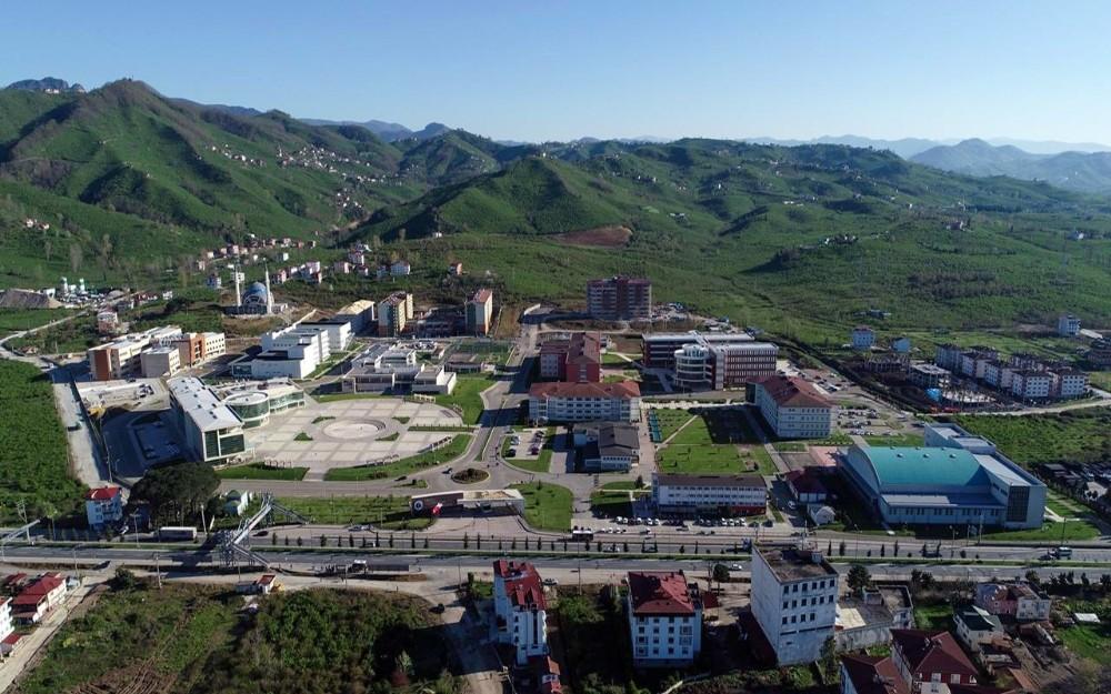 ODÜ, öğrenci memnuniyetinde Türkiye'de ilk 30 üniversite arasında