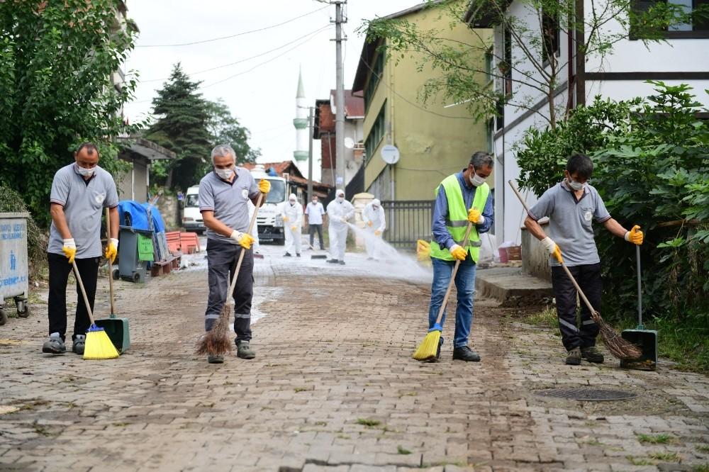 Altınordu'nun sokaklarında dezenfekte çalışmaları sürüyor
