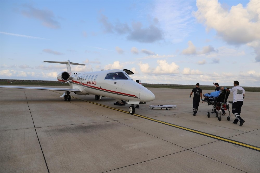 Ambulans uçak, kalp nakli olacak hasta için havalandı