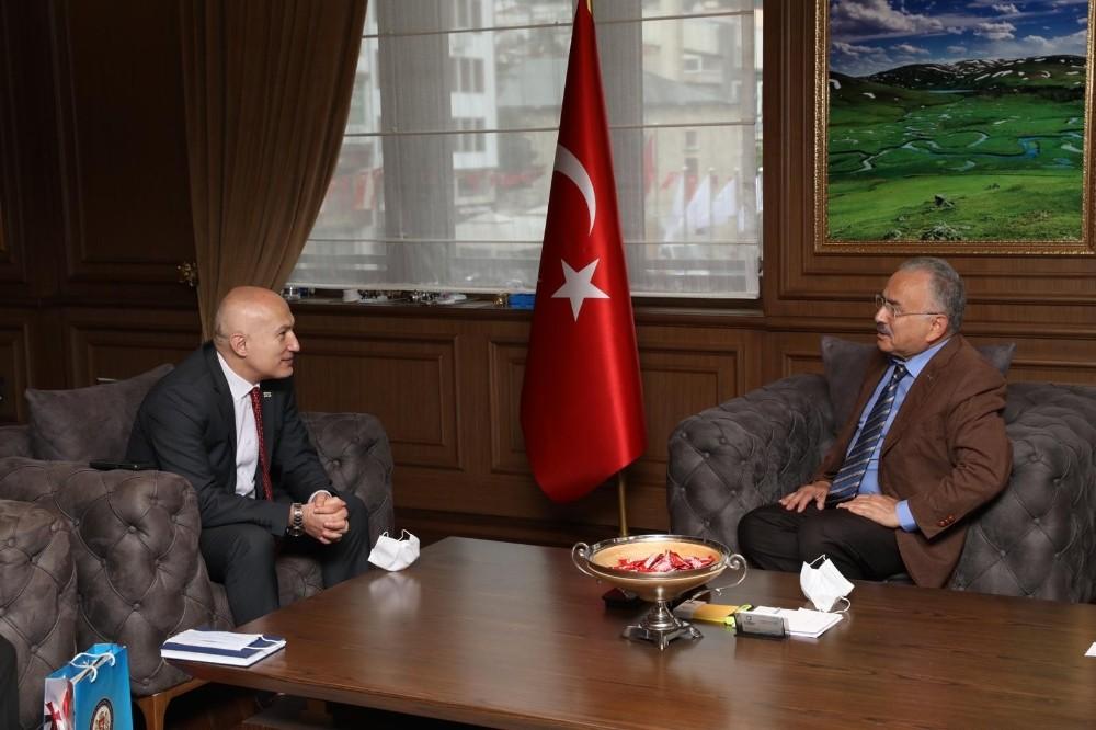 """Gürcistan Başkonsolos Japaridze: """"Türkiye'nin başarılarını takip ediyoruz"""""""