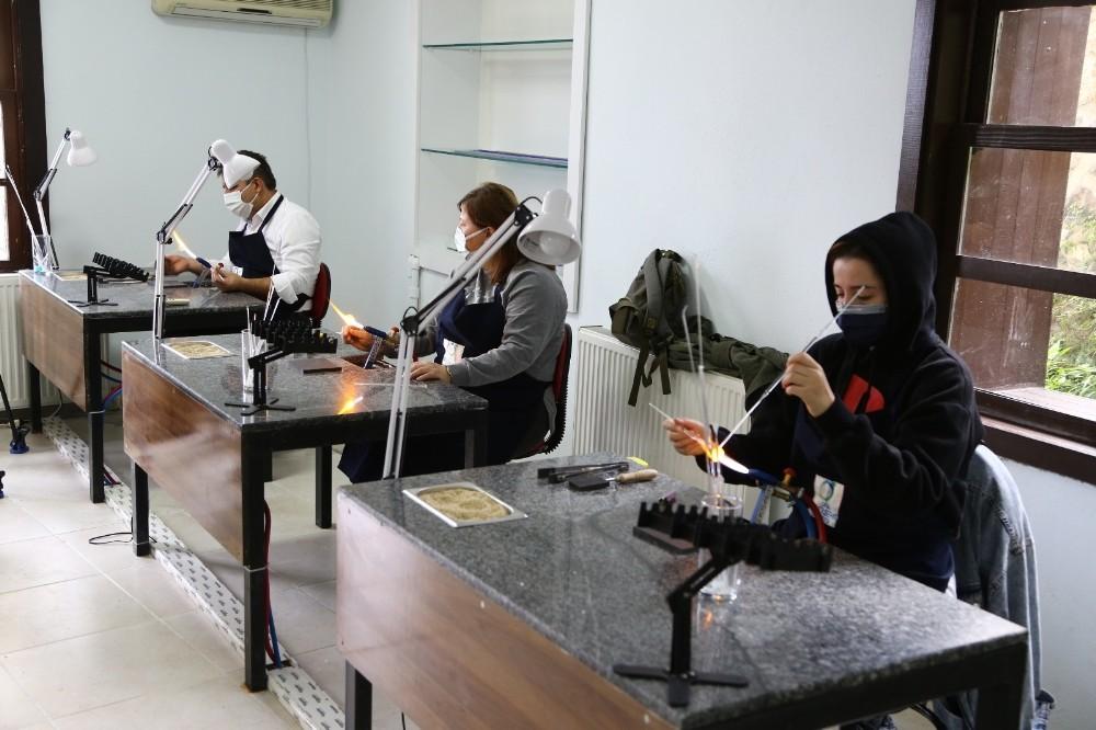 Ordu'da cam işleme sanatı canlandırılıyor