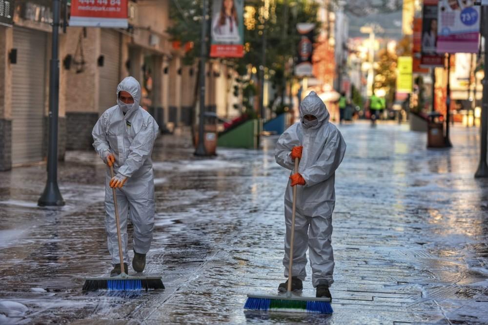 Altınordu Belediyesi dezenfekte çalışmalarını sürdürüyor