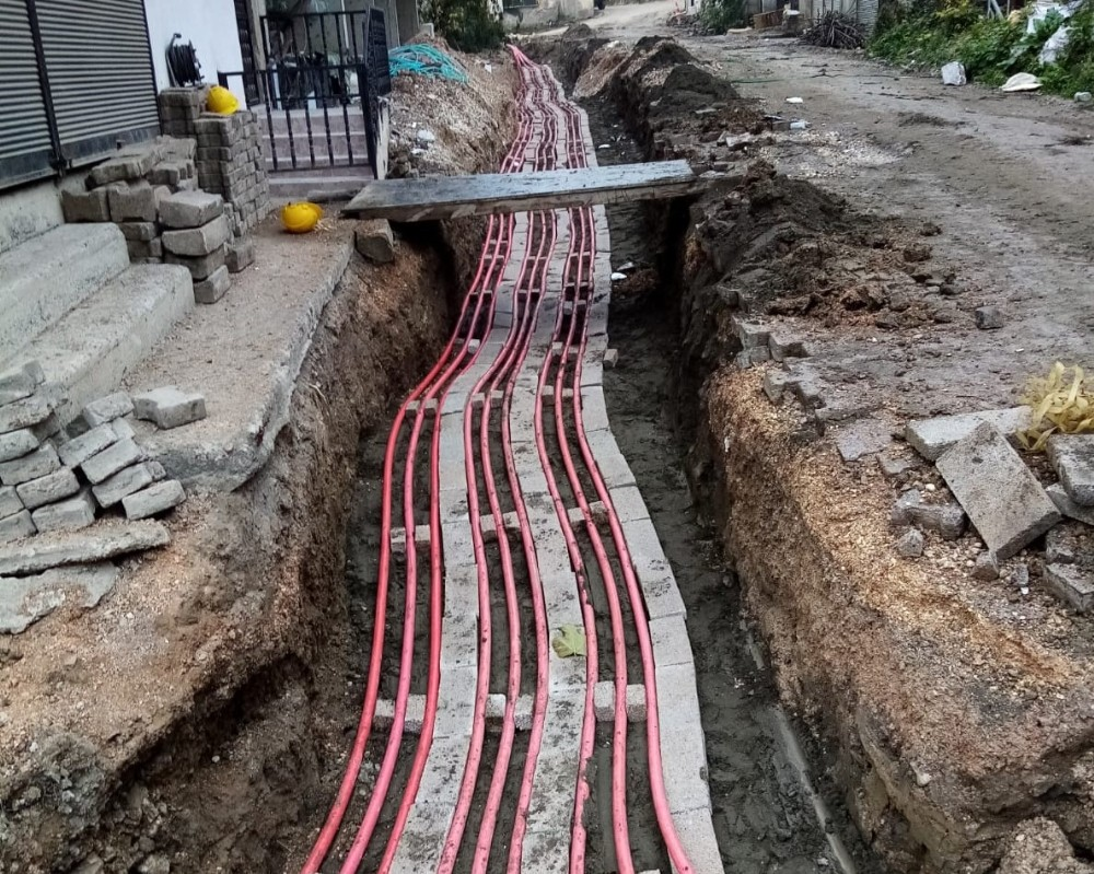 Kumru'da elektrik hatları yer altına alınıyor