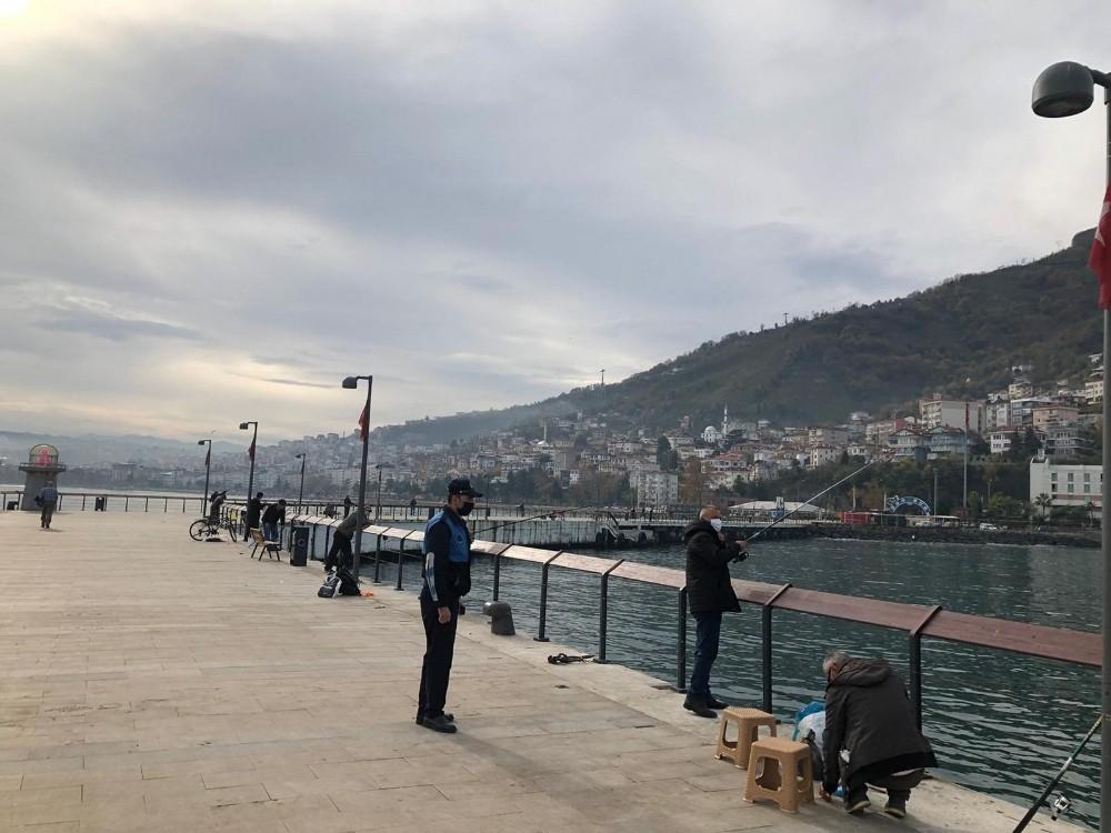 Zabıtadan balıkçılara 3 metre denetimi
