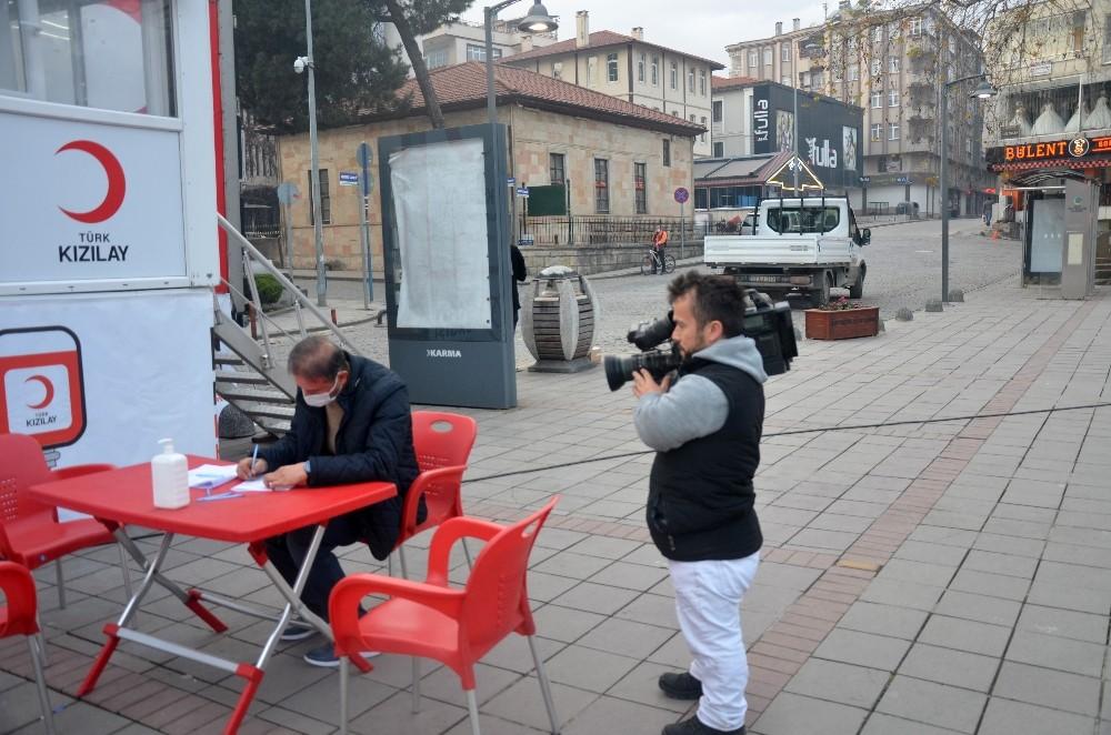 O Türkiye'nin 'en kısa' gazetecisi