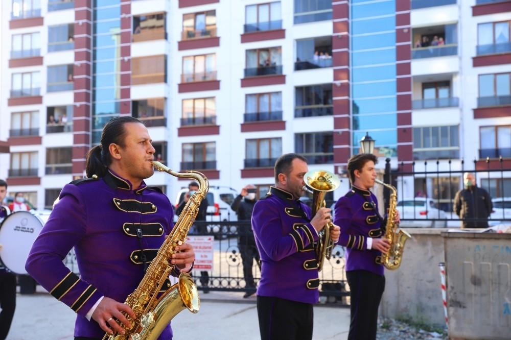 Ordu'da Kent Orkestrası vatandaşlara moral oldu