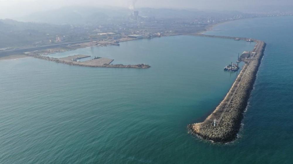 Ünye Limanı büyütülüyor