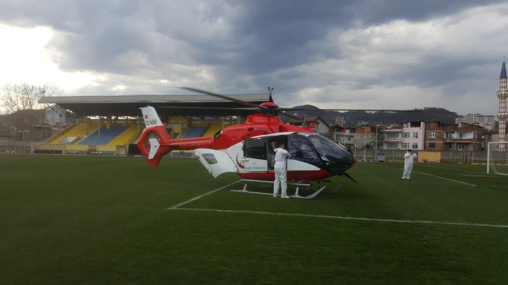 Korona hastası ambulans helikopterle Trabzon'a sevk edildi