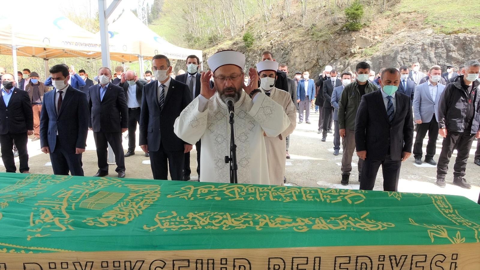 Diyanet İşleri Başkanı Erbaş'ın acı günü