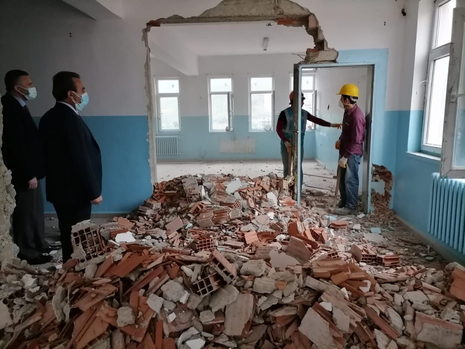 Kumru'da okullar depreme dayanıklı hale getiriliyor