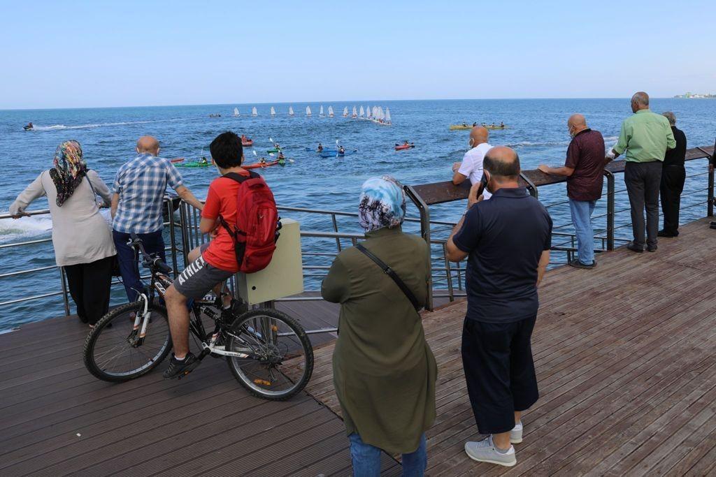 Karadeniz'de yelken ve kano şöleni