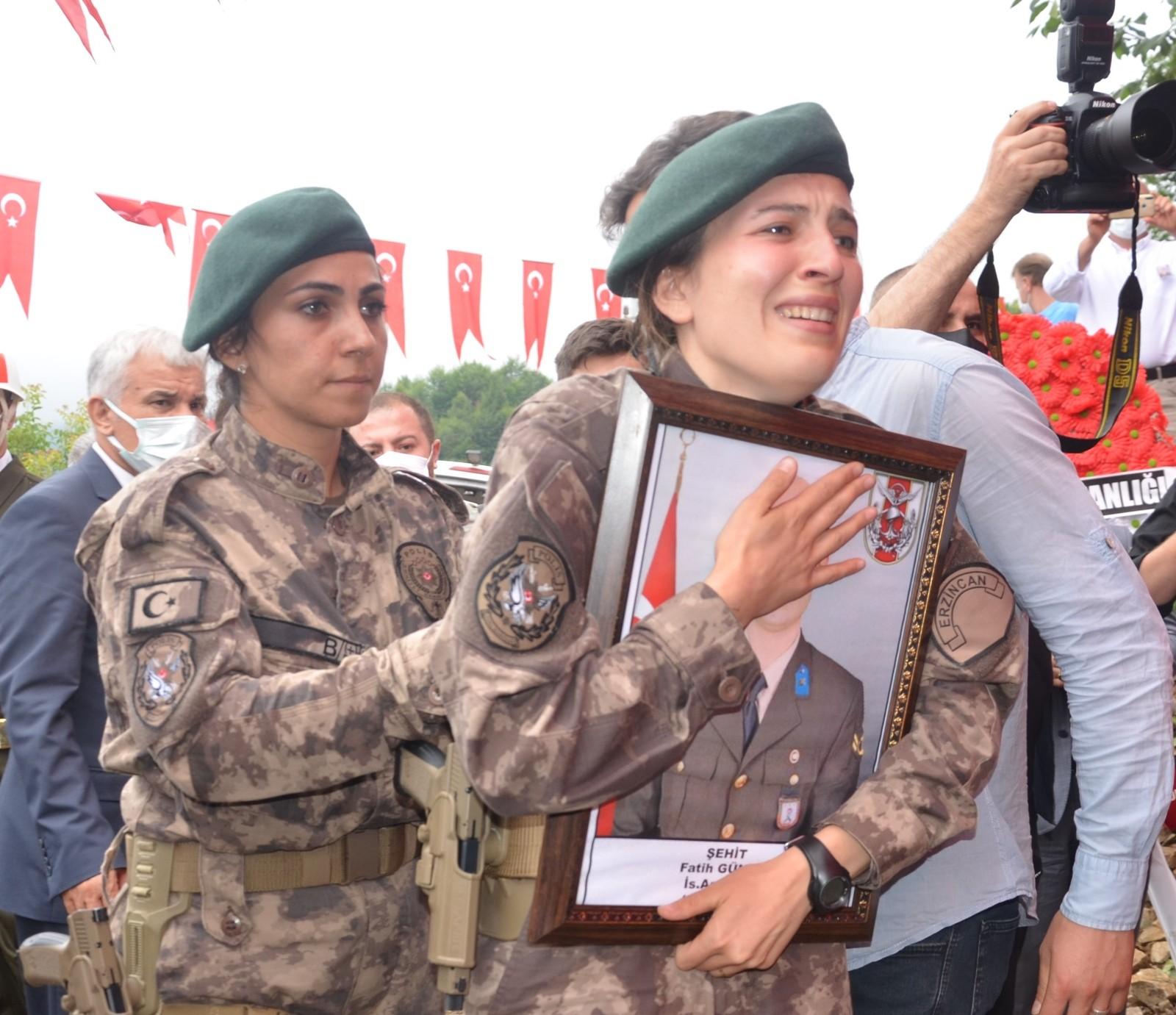 Şehit Astsubay Fatih Güney son yolculuğuna uğurlandı