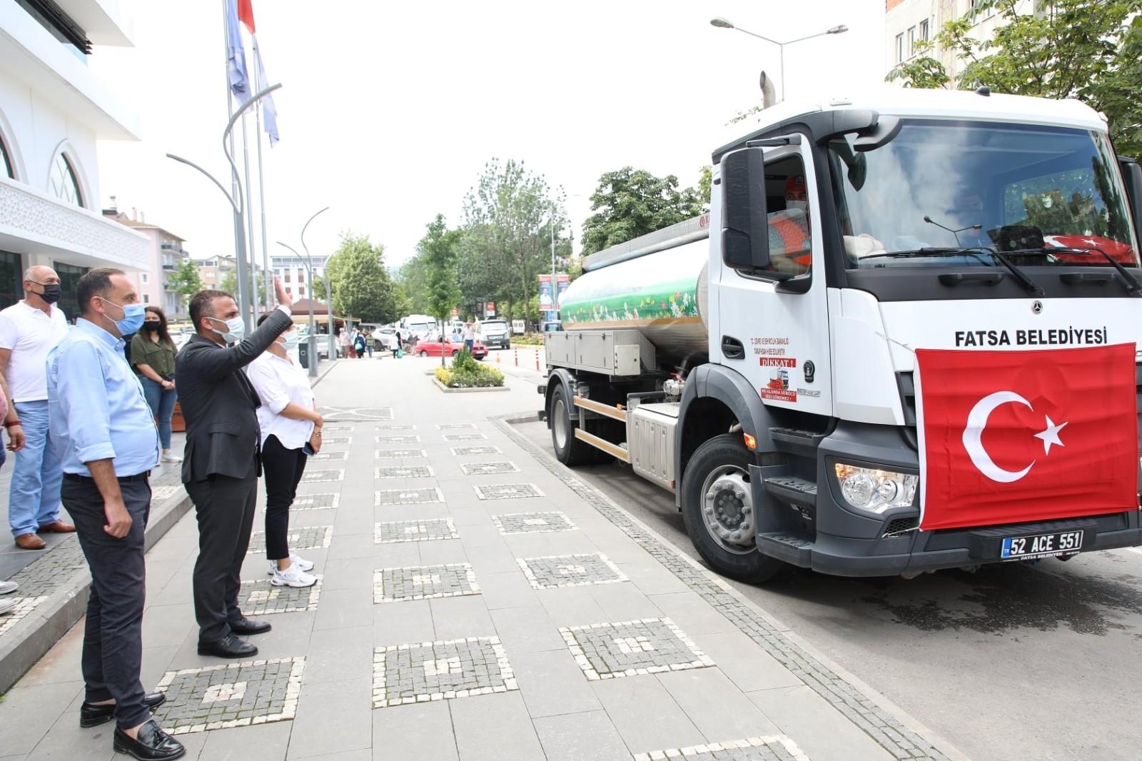 Fatsa Belediyesi'nden yangın bölgesine destek